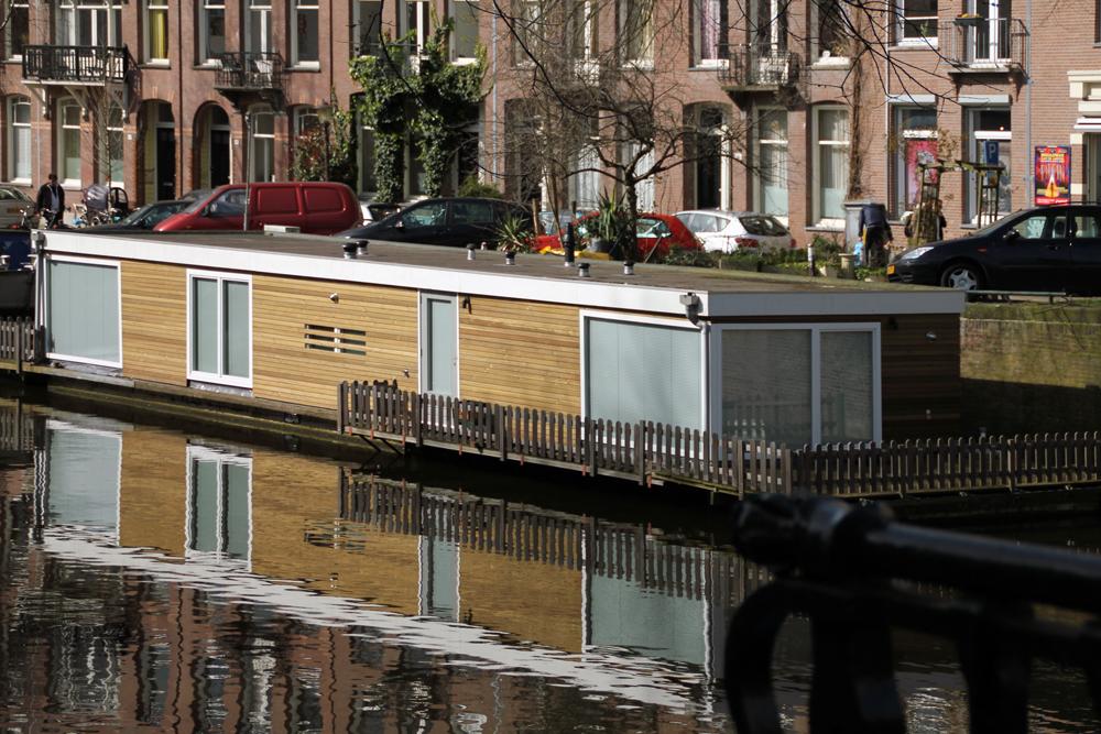 Vivere sull 39 acqua houseboat ad amsterdam eclisse blog for Alloggi ad amsterdam