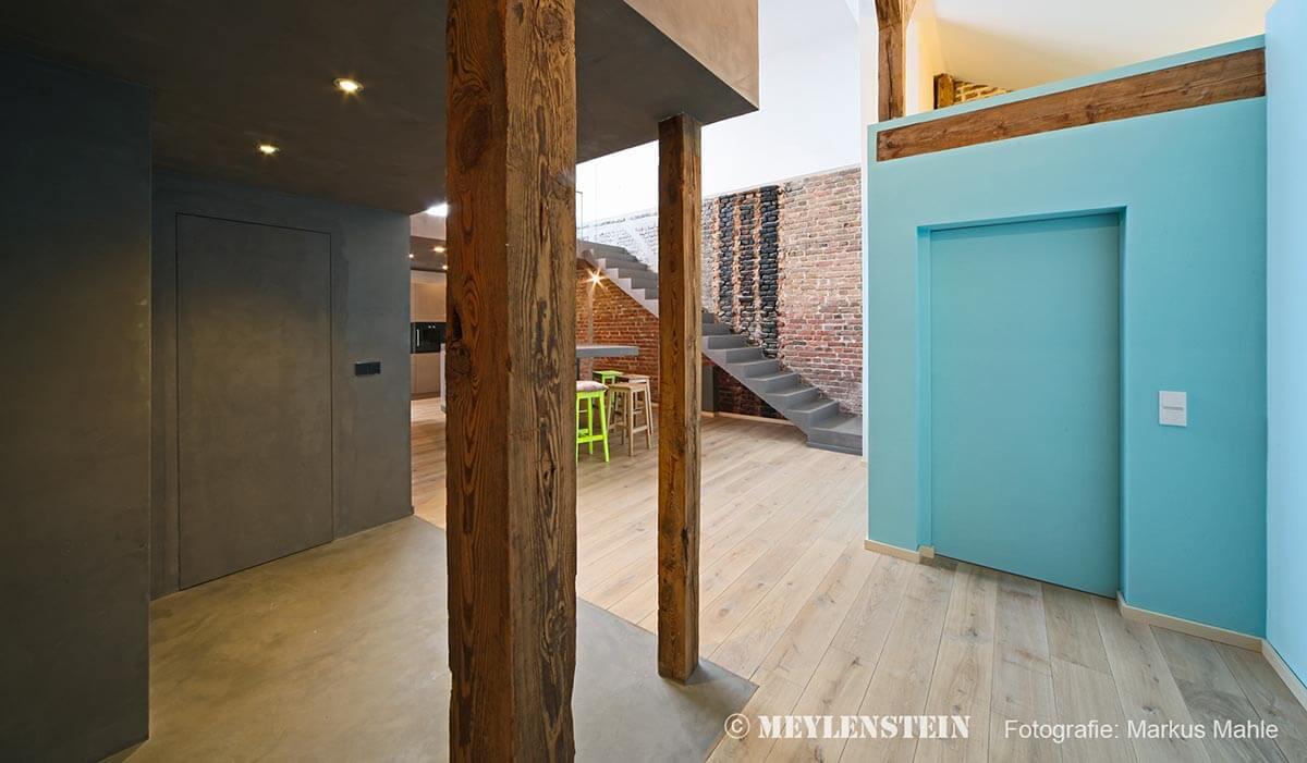 Renovierung - modernen Loft zu sorgen