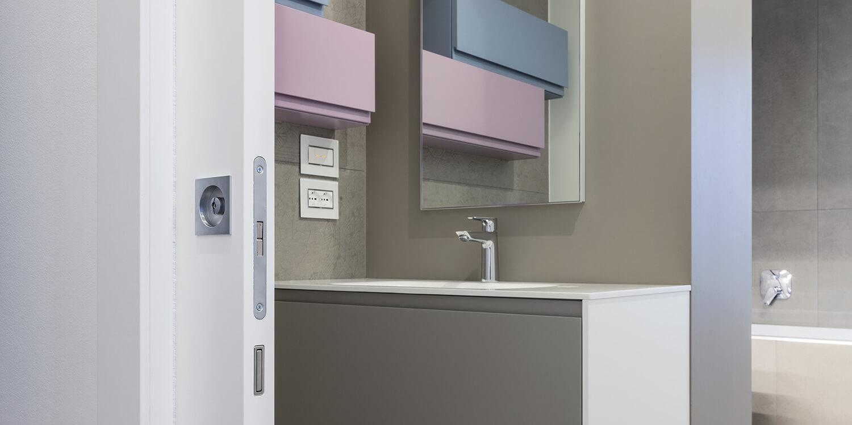 ECLISSE Syntesis® Line puerta corredera enrasada baño